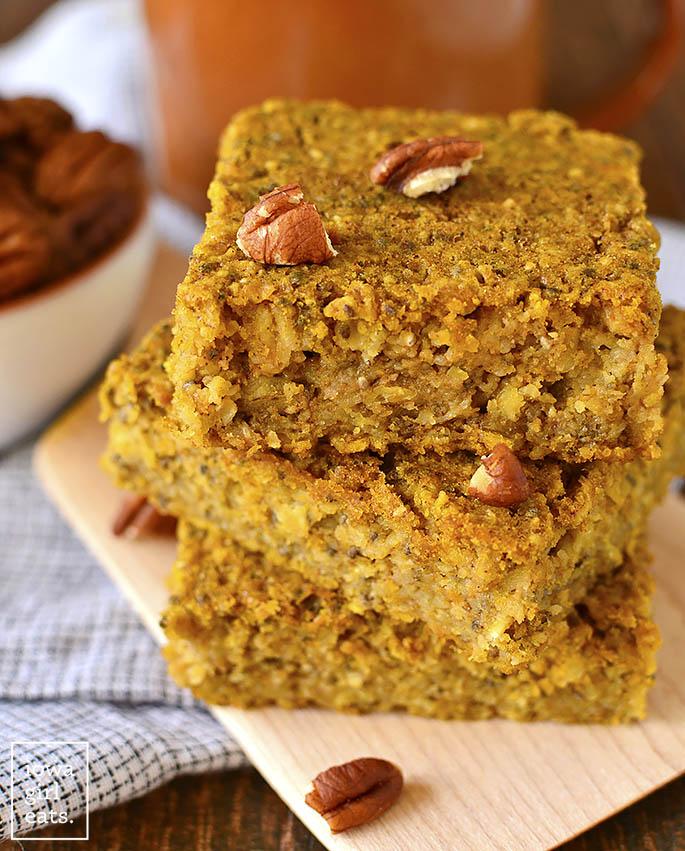 Maple-Pumpkin-Oatmeal-Breakfast-Bars-iowagirleats-02.jpg